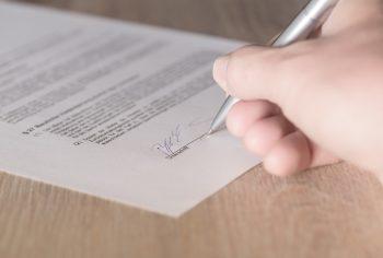Como funciona o contrato anual de esgoto?