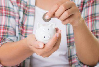 Por que você economiza quando contrata uma desentupidora?