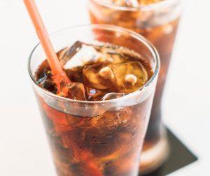 Desentupir vaso sanitário com coca cola