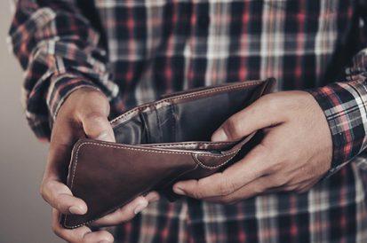 3 pragas que acabam com o dinheiro do seu bolso