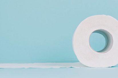 Como desentupir vaso sanitário que está entupido com papel higiênico?