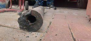 Tubulações de ferro antigas causam entupimentos e outros prejuízos
